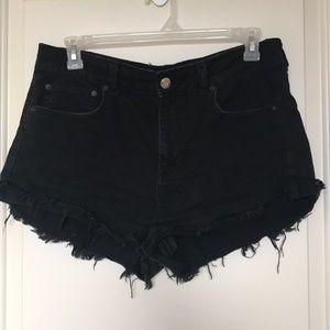 AEO Hi-Rise Festival Black Shorts